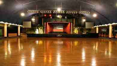 Photo of Legendary Surf Ballroom hosts rock-n-roll Winter Dance Party