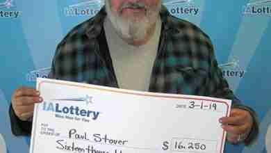 Photo of Nashua man wins lottery prize