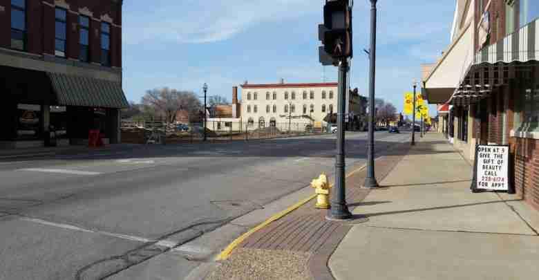 100 Block Of Main St, Charles City, IA